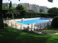Appart Hotel Opio Appart Hotel studio CANNES avec jardinet et piscine