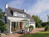 gite Groix Three-Bedroom Holiday Home in Riec Sur Belon