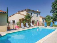 gite Marsanne Three-Bedroom Holiday Home in Espeluche