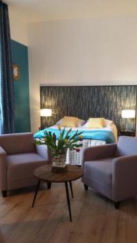 Appart Hotel Saint Mars d'Outillé Appart Hotel Appart'by villa Tulipiers