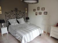 Chambre d'Hôtes Forcalqueiret Romantic room