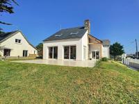 gite Saint Benoît des Ondes House A jullouville maison avec jardin a 100 metres de la plage
