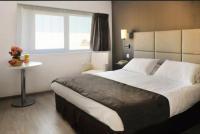 Hotel Fasthotel Rueil Malmaison Séjours et Affaires Courbevoie Grande Arche