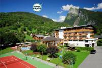 Hotel-The-Originals-Neige-et-Roc-ex-Hotel-Chalet-de-Tradition- Samoëns