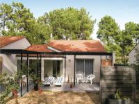 gite Mareuil sur Lay Dissais Two-Bedroom Holiday Home in La Faute sur Mer
