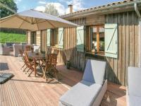 gite Veyrines de Vergt Three-Bedroom Holiday Home in Fleurac