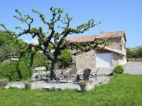 gite Saint Pierre de Colombier Maison de vacances - Saint Etienne De Fontbellon 2