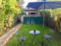 Chambre d'Hôtes Aulnay sous Bois Maisonnette avec jardinet