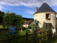 Location de vacances Saint Ouen de Sécherouvre Location de Vacances La Tourelle