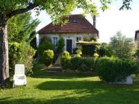Gîte Saint Bazile de Meyssac Gîte House Chrysalide