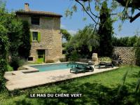 Gîte Cabrières d'Avignon Gîte CHENE-VERT