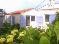 gite Olonne sur Mer House Saint gilles croix de vie, à la sortie de la ville à 2000m du centre et 1500m de la grande plage