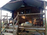 Terrain de Camping Senouillac Les lodges d'Adelaide
