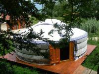Terrain de Camping Auberives en Royans La maison des bergers