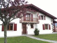 gite Ahaxe Alciette Bascassan Location d'une maison typique du Pays Basque