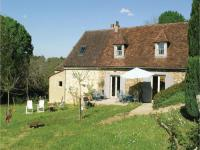 gite Limeyrat Three-Bedroom Holiday Home in Le Bourg, Fleurac