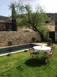 gite Roussillon La Source
