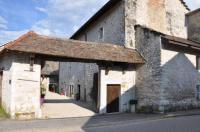 Chambre d'Hôtes Cormaranche en Bugey Le Prieuré