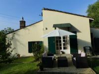 Résidence de Vacances Pessac sur Dordogne Résidence de Vacances Les volets verts
