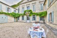 Chambre d'Hôtes Le Pout Château RambaudWeekome