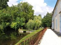 Résidence de Vacances Taillebourg Résidence de Vacances Logis de Garnaud
