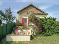 gite Aydie Three-Bedroom Holiday Home in Lahitte Toupiere