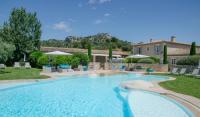 Hotel 4 étoiles Saint Rémy de Provence hôtel 4 étoiles Mas de l'Oulivié