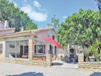 gite Saint Mitre les Remparts One-Bedroom Holiday Home in Pelissanne