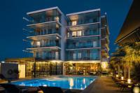 Hotel 4 étoiles Saint Cyr sur Mer hôtel 4 étoiles Kyriad Prestige Toulon - La Seyne Sur Mer - Centre Port
