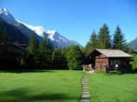 Chambre d'Hôtes Chamonix Mont Blanc Mazot 2pers dans verdure 2 km chamonix
