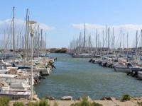 Appart Hotel Leucate Appart Hotel Apartment Cezelly