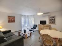 Appart Hotel Saint Nazaire de Ladarez Appart Hotel Apartment Maguejea, 13 rue paul cère