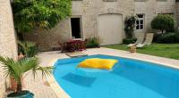 Chambre d'Hôtes Beaune LE JARDIN Chambre de charme, piscine à Meursault