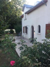 Gîte Vauchassis Gîte Grande Maison Jardin Terrasse Troyes