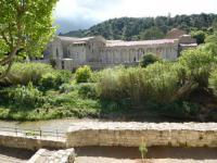 gite Montlaur Maison de caractère face à l abbaye de lagrasse