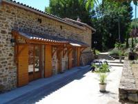 Location de vacances Saint Romain en Gal Gite La Roche Bleue