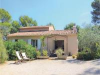 gite Cassis Two-Bedroom Holiday Home in La Ciotat