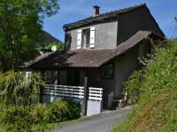 gite Saint Pierre de Trivisy House Le frêne