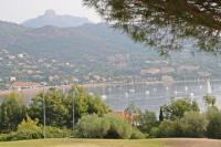 Village Vacances Cannes Cap Esterel Village : 3 pièces rénové vue mer au calme V3 - Esterel Vacances 282la