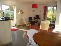 Appart Hotel La Bastide de Besplas résidence de vacances Splendide vue Pyrénées, Rez de jardin 2 chambres