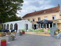 Hôtel Hierges Hotel restaurant Robinson
