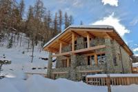 gite Val d'Isère Le Fornet Chalet Sleeps 12 WiFi
