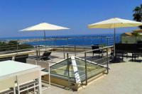 gite Cannes Golfe-Juan Villa Sleeps 14 Pool