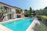 gite Nice Magagnosc Villa Sleeps 10 Pool