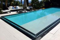 gite Nice Golfe-Juan Villa Sleeps 12 Pool