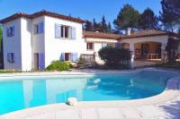 gite Montauroux Auribeau-sur-Siagne Villa Sleeps 8 Pool
