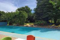 Location de vacances Cers Location de Vacances Beziers Villa Sleeps 16 Pool