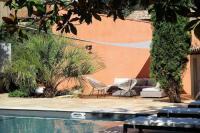 Gîte Montblanc Gîte Saint-Thibery Villa Sleeps 9
