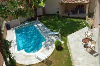 gite Mazan Goult Villa Sleeps 8 Pool