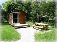 Location de vacances Mournans Charbonny roulottes gite du jardin la riviere